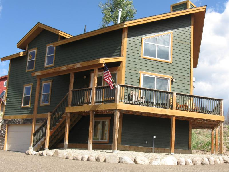 Coachman house Amazing views of lake and mountains - Image 1 - Grand Lake - rentals