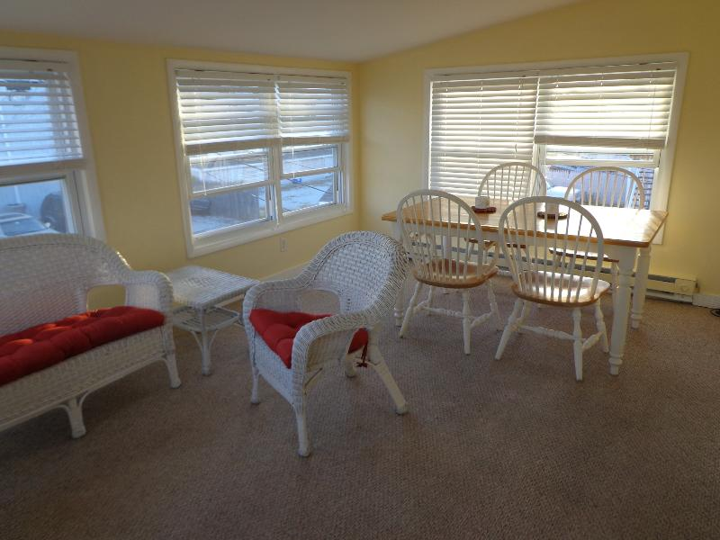 Dining Area in Sun room - 37th St South 1 Br Apt 2nd Floor Beach Block - Brigantine - rentals