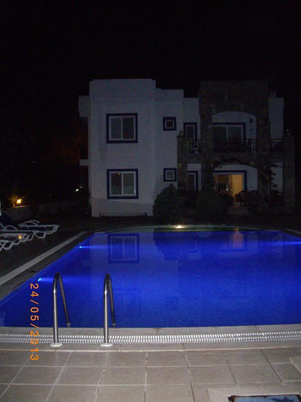 Red Rose Apartment @ Night - Wonderful Apartment in Yalikavak close to beach - Mugla - rentals