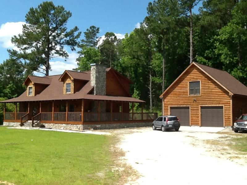 Log house living - Log house one bed room Apt - Pollocksville - rentals