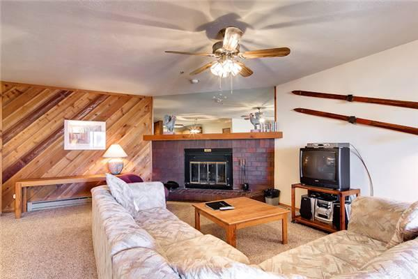 Conveniently Located Breckenridge 2 Bedroom Walk to lift - CM305 - Image 1 - Breckenridge - rentals