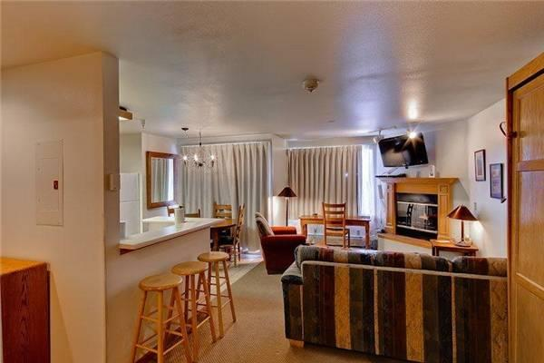 Affordable Breckenridge Studio Ski-in - E116E - Image 1 - Breckenridge - rentals