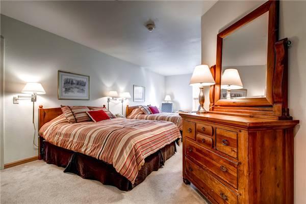Affordable Breckenridge Studio Ski-in - E119B - Image 1 - Breckenridge - rentals
