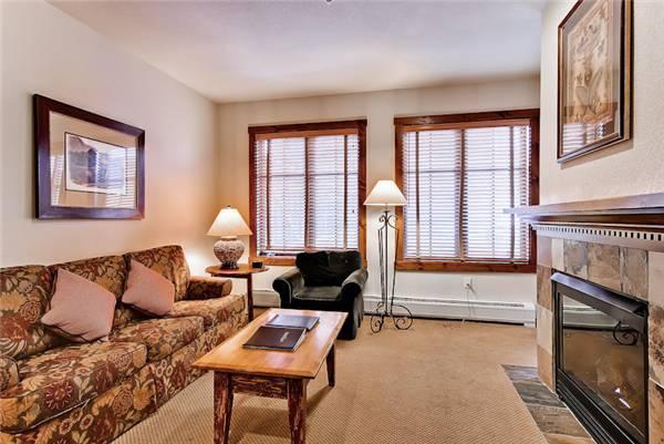 Charming Breckenridge 2 Bedroom Walk to lift - M1215 - Image 1 - Breckenridge - rentals