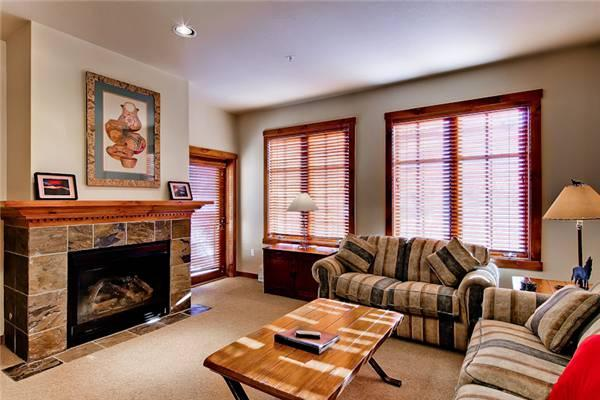 Affordably Priced Breckenridge 1 Bedroom Walk to lift - M1314 - Image 1 - Breckenridge - rentals