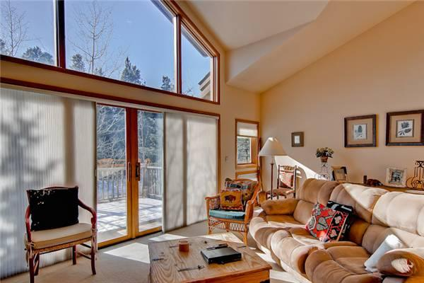Perfectly Priced Breckenridge 3 Bedroom Walk to lift - OBP13 - Image 1 - Breckenridge - rentals