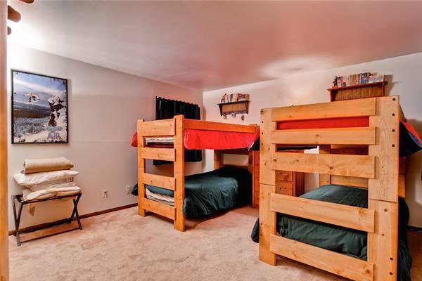 Conveniently Located Breckenridge 2 Bedroom Ski-in - PB201 - Image 1 - Breckenridge - rentals