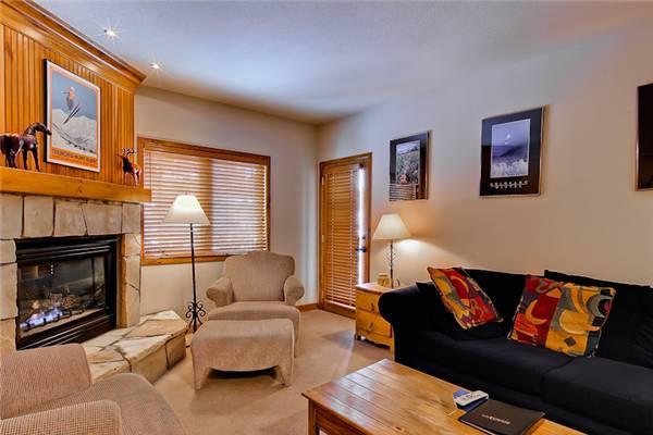 Convenient Breckenridge 1 Bedroom Ski-in - RB118 - Image 1 - Breckenridge - rentals
