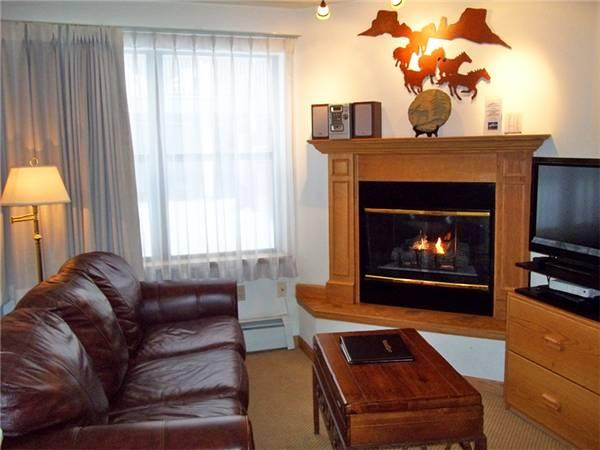 Perfectly Priced Breckenridge Studio Ski-in - RW114 - Image 1 - Breckenridge - rentals