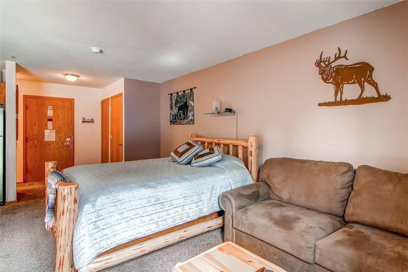 River Mountain Lodge #W207 - Image 1 - Breckenridge - rentals