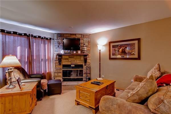 Charming Breckenridge 1 Bedroom Ski-in - RW304 - Image 1 - Breckenridge - rentals