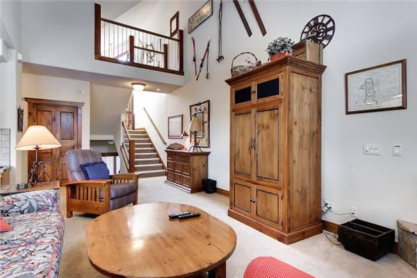 Charming Breckenridge 3 Bedroom Ski-in - SWI29 - Image 1 - Breckenridge - rentals