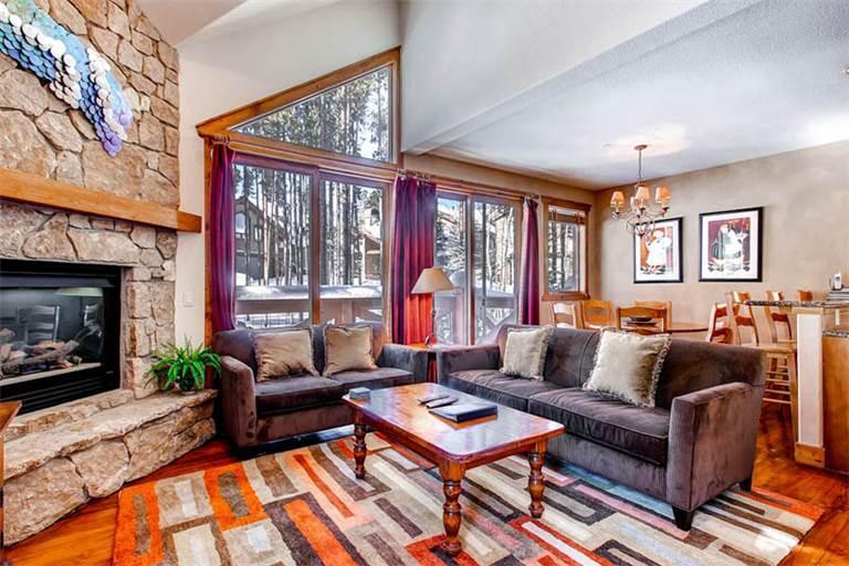 Affordably Priced Breckenridge 3 Bedroom Ski-in - SWI57 - Image 1 - Breckenridge - rentals