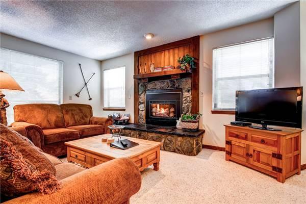 Convenient Breckenridge 2 Bedroom Ski-in - TA2F - Image 1 - Breckenridge - rentals