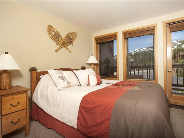 Inviting Breckenridge 1 Bedroom Ski-in - TA6 - Image 1 - Breckenridge - rentals