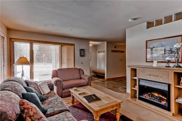 Inviting Breckenridge 1 Bedroom Ski-in - TC124 - Image 1 - Breckenridge - rentals