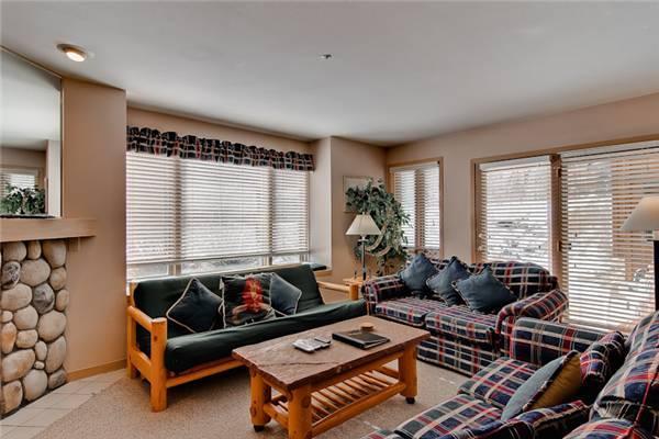 Affordable Breckenridge 3 Bedroom Ski-in - TS237 - Image 1 - Breckenridge - rentals
