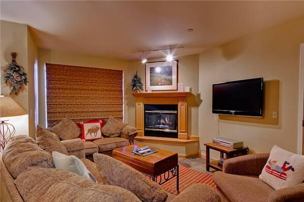 Inviting Breckenridge 1 Bedroom Ski-in - W105F - Image 1 - Breckenridge - rentals