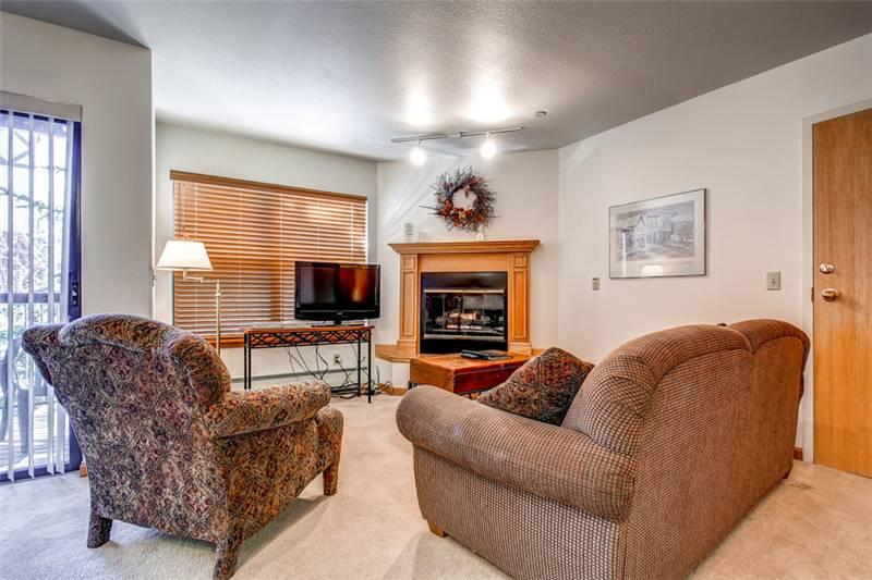 Perfectly Priced Breckenridge 2 Bedroom Ski-in - W213K - Image 1 - Breckenridge - rentals