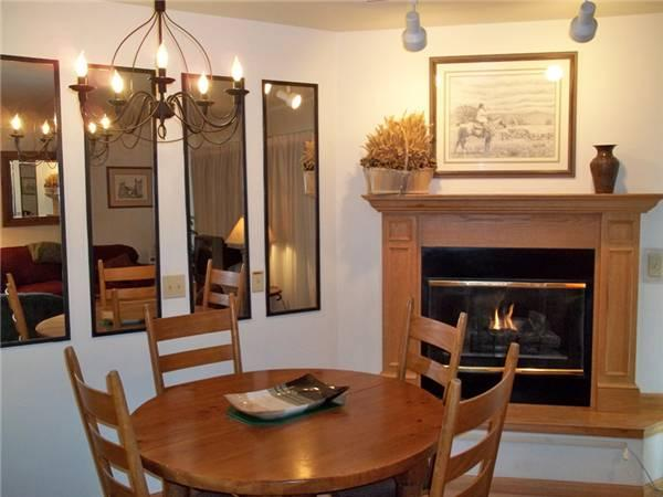 Conveniently Located Breckenridge Studio Ski-in - W222E - Image 1 - Breckenridge - rentals