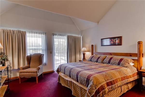 Convenient Breckenridge Studio Ski-in - W330S - Image 1 - Breckenridge - rentals