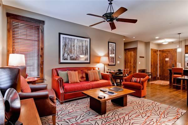 Beautiful Breckenridge 2 Bedroom Walk to lift - WE105 - Image 1 - Breckenridge - rentals
