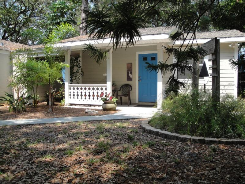 Blue Arbor Guest Cottage - Blue Arbor Guest Cottage - Gulfport - rentals
