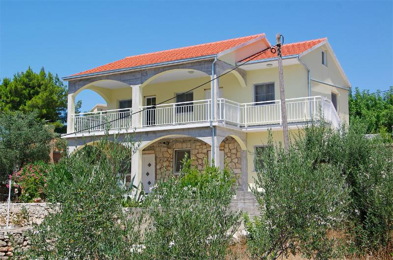 Exterior - Comfortable Villa steps from the beach - Vela Luka - rentals