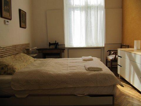 2 rooms Apartment in Krakow near Wawel Castle, old town and Jewish district. Accommodation for 2-3. - Apartment in Krakow near Wawel Royal Castle - Krakow - rentals