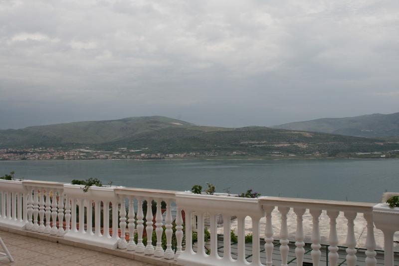 Apartment Antonio near Trogir - Image 1 - Ciovo - rentals