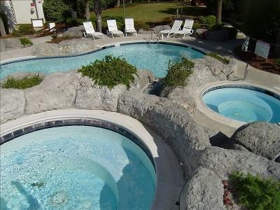 Hot Tub and Pools - North Topsail Beach Villa Capriani Ocean/Sound - North Topsail Beach - rentals