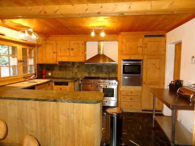 Fully-equipped kitchen for self catering guests - Alpine Chalet for Family Holidays - Arosa - rentals