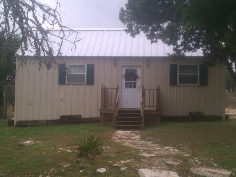 Hill Country cabin - Cabin in the Texas Hill Country - Fredericksburg - rentals
