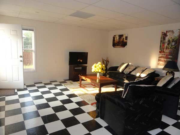 Spacious and inviting living room - Best Deal In Atlanta. Furnished, Independent, Spacious 1bd/1bth - Smyrna - rentals