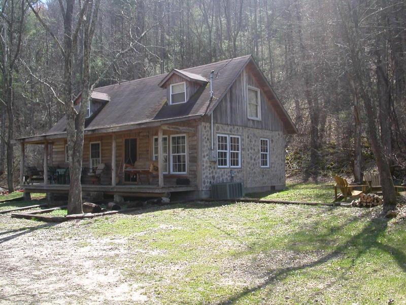 Country Cordwood Cabin - Image 1 - Butler - rentals