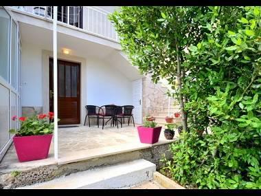 A2(2+2) zuti: terrace - 8082  A2(2+2) zuti - Supetar - Supetar - rentals