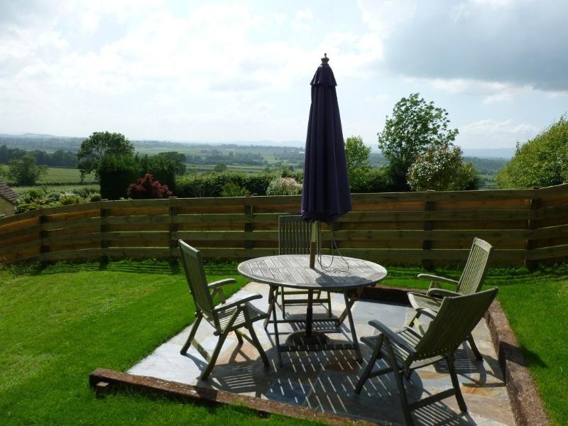 Beautiful gardens&stunning views in The Cotswolds - Image 1 - Bredons Norton 	 - rentals