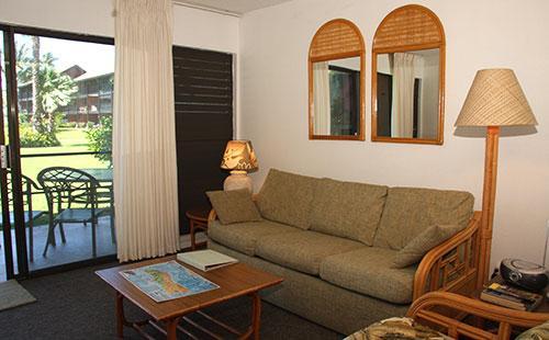 Living area sofa - Molokai_Shores 121 - Kaunakakai - rentals