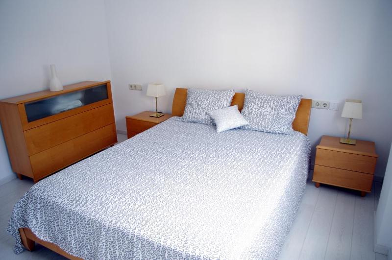 Beautiful apartment  300 mts from beach - Image 1 - Lloret de Mar - rentals