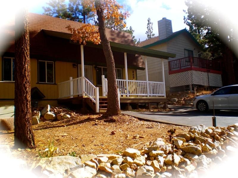 Front of Cabin - Cozy Cabin w/Spa//Fun close by sledding hill!! - Sugarloaf - rentals