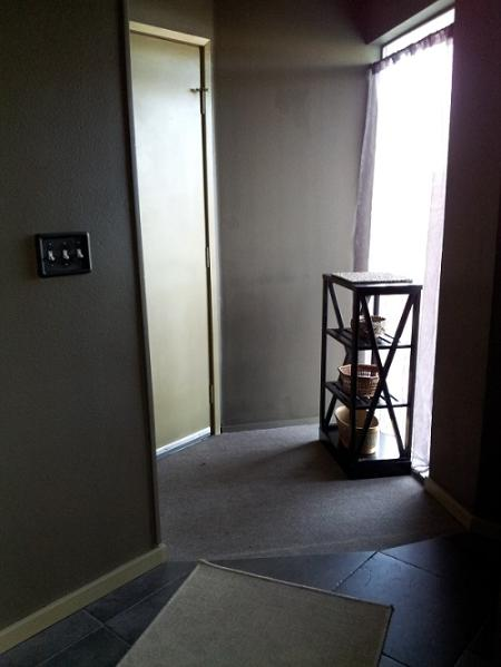 main entry - Hotel Alternative Rooms - But better than a Hotel!!! - Seattle - rentals