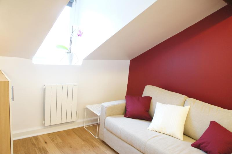 Living area, zen and cosy - Cozy Vacation Stay in Paris at Montmartre - Paris - rentals