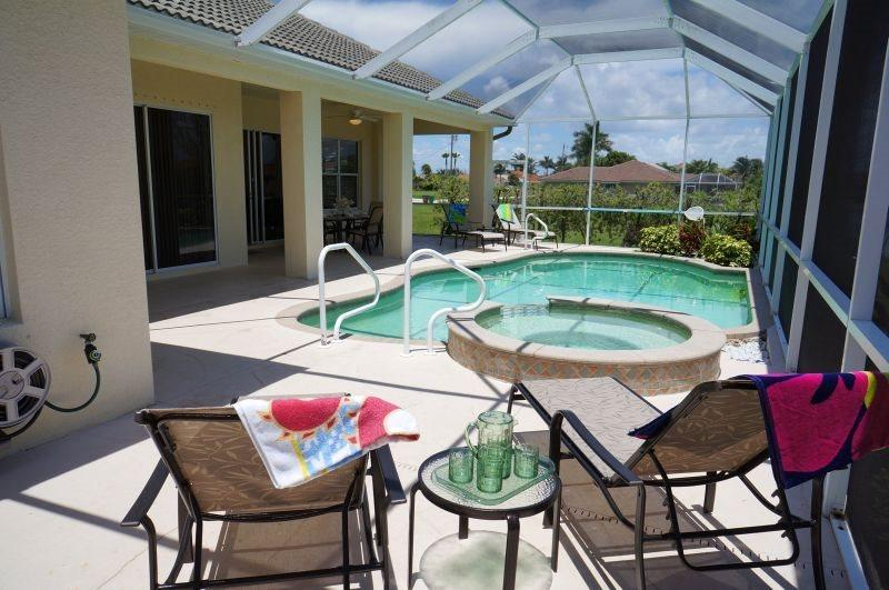 Tropical Haven - Cape Coral 4 b/2.5 ba deluxe home w/electric heated pool/spa - Image 1 - Cape Coral - rentals