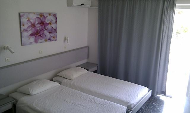 Bedroom - Dafne apartment is located on the beautiful coast of Faliraki in Rhodes - Faliraki - rentals