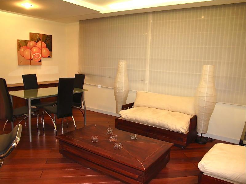 PRIME LOCATION, BRAND NEW APARTMENT - Image 1 - Quito - rentals