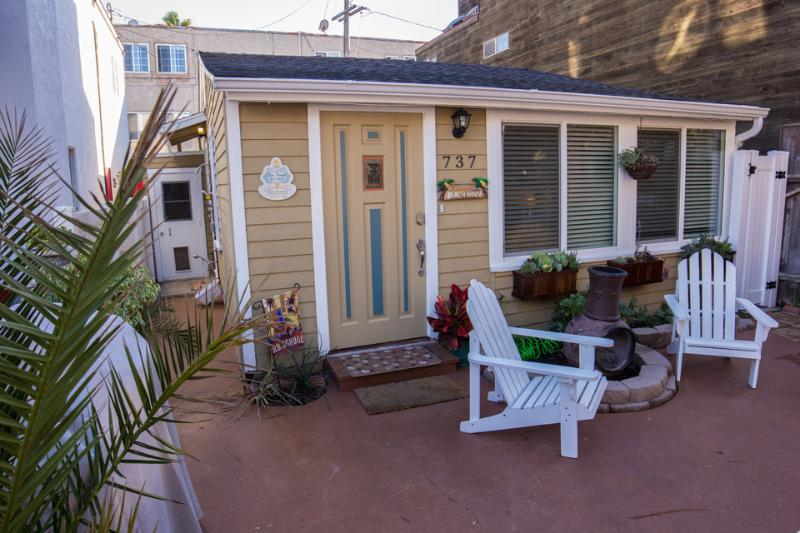 737 Windemere Court - Beautiful Bungalow. Steps from the Beach. - Pacific Beach - rentals