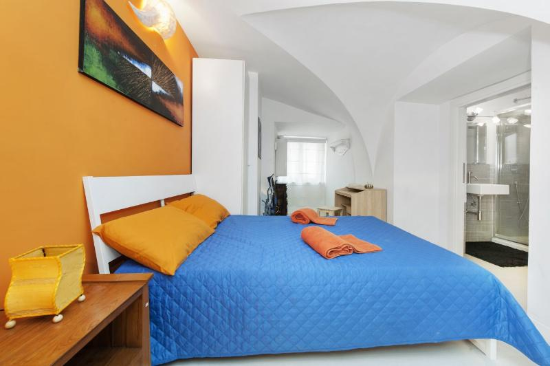 Navona-Pantheon Apartment in the Heart of  Rome - Image 1 - Rome - rentals