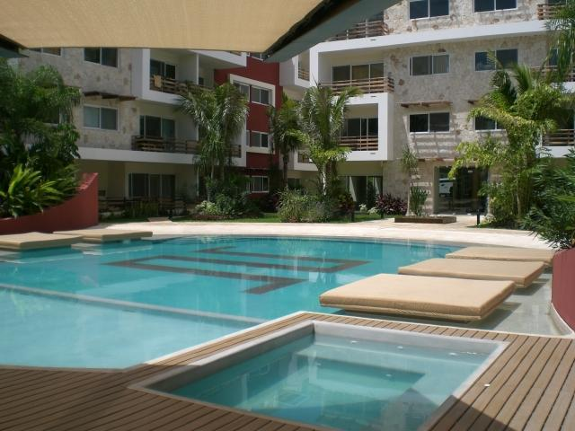 Economic,beautifull, 2 Bedroom With Big Pool - Image 1 - Playa del Carmen - rentals