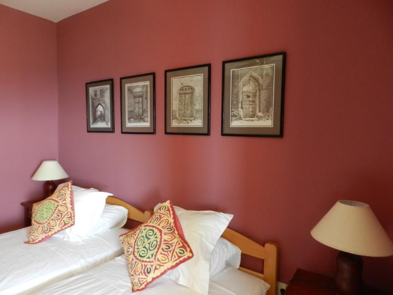 Bedroom-Twin Beds - Montenegro self catering apartment in Sušcepan - Herceg-Novi - rentals