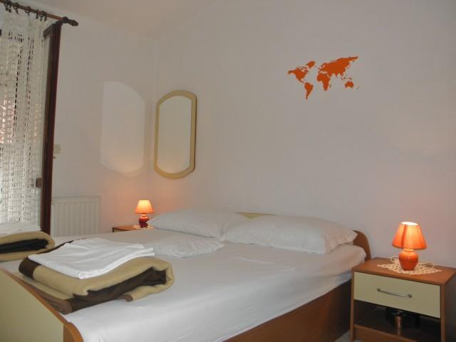 Apartments Miroslava - 10581-A2 - Image 1 - Vodice - rentals